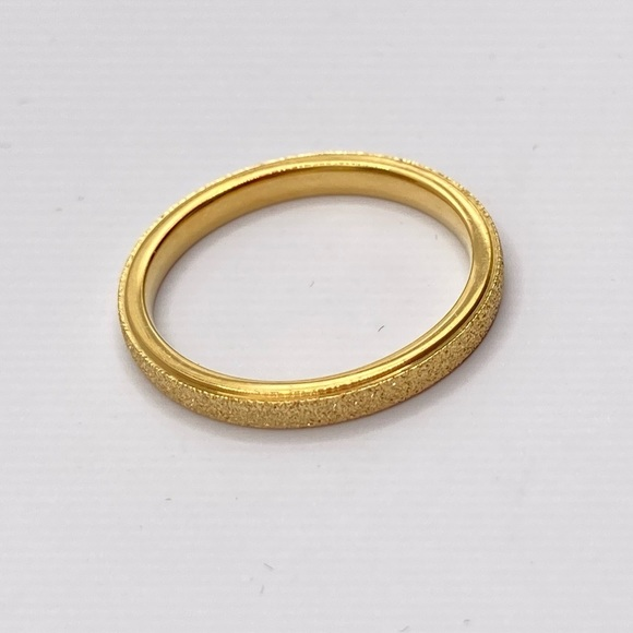 Gold Women's Ring Sparkling Stainless Steel